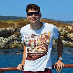 Артем Кунец
