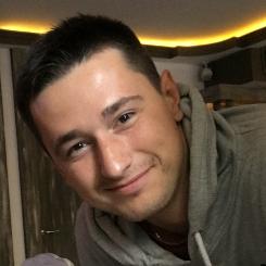 Александр Гутников