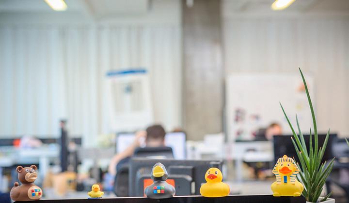 В офисе Badoo найдется много всего интересного и прикольного.